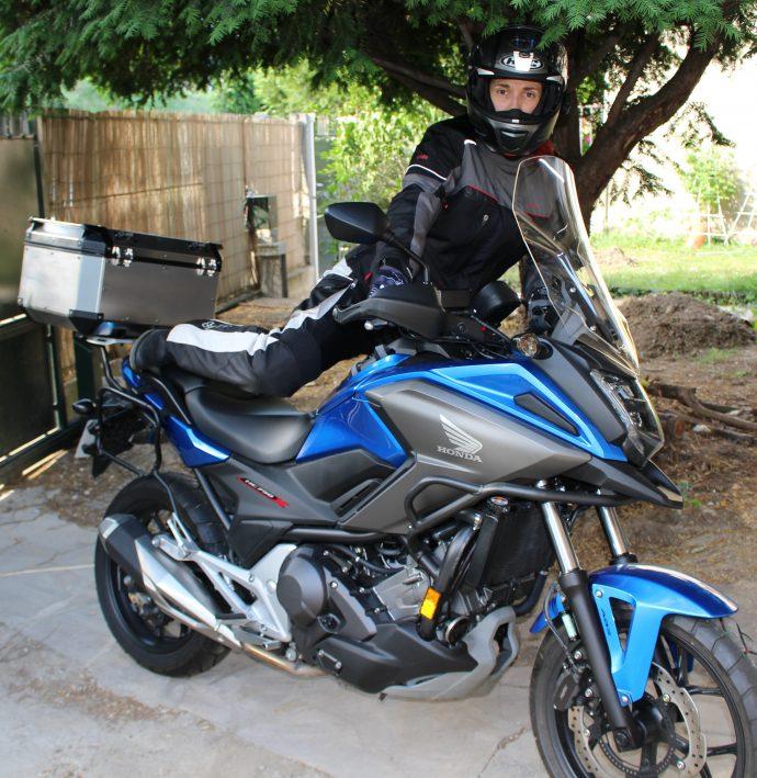 Ensemble DXR Roadtrip à l'essai sur moto