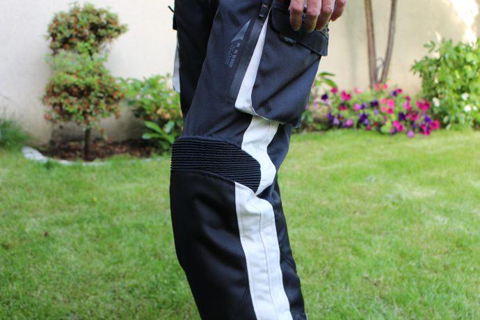 Pantalon DXR Roadtrip : soufflet au genoux