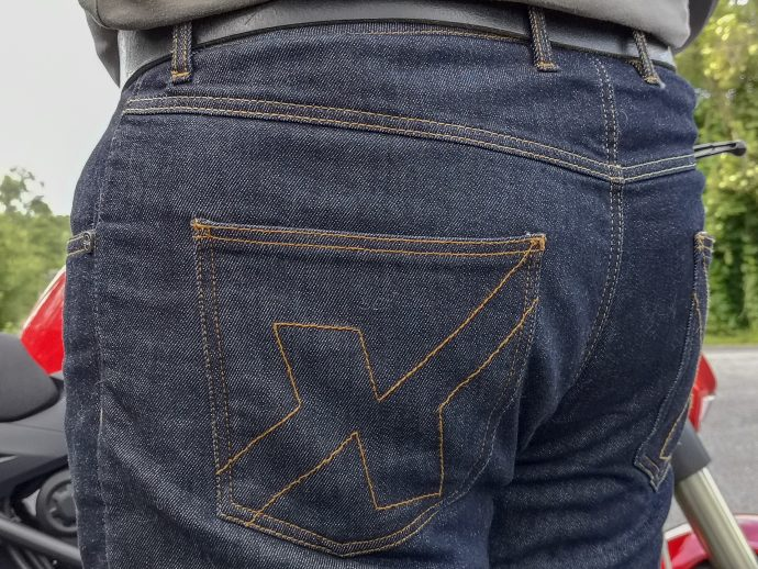Poches du jean DXR Howell