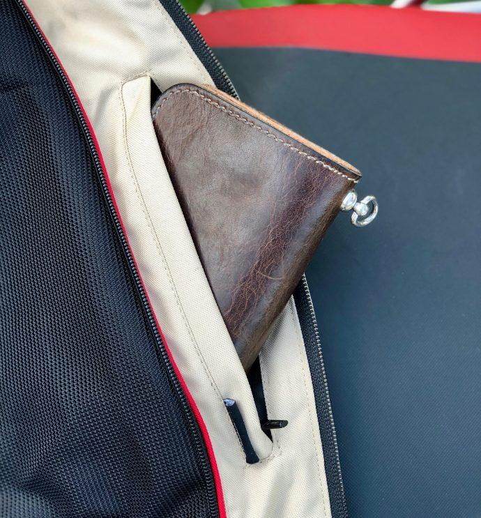poche portefeuille sur le blouson DXR R-Stroke