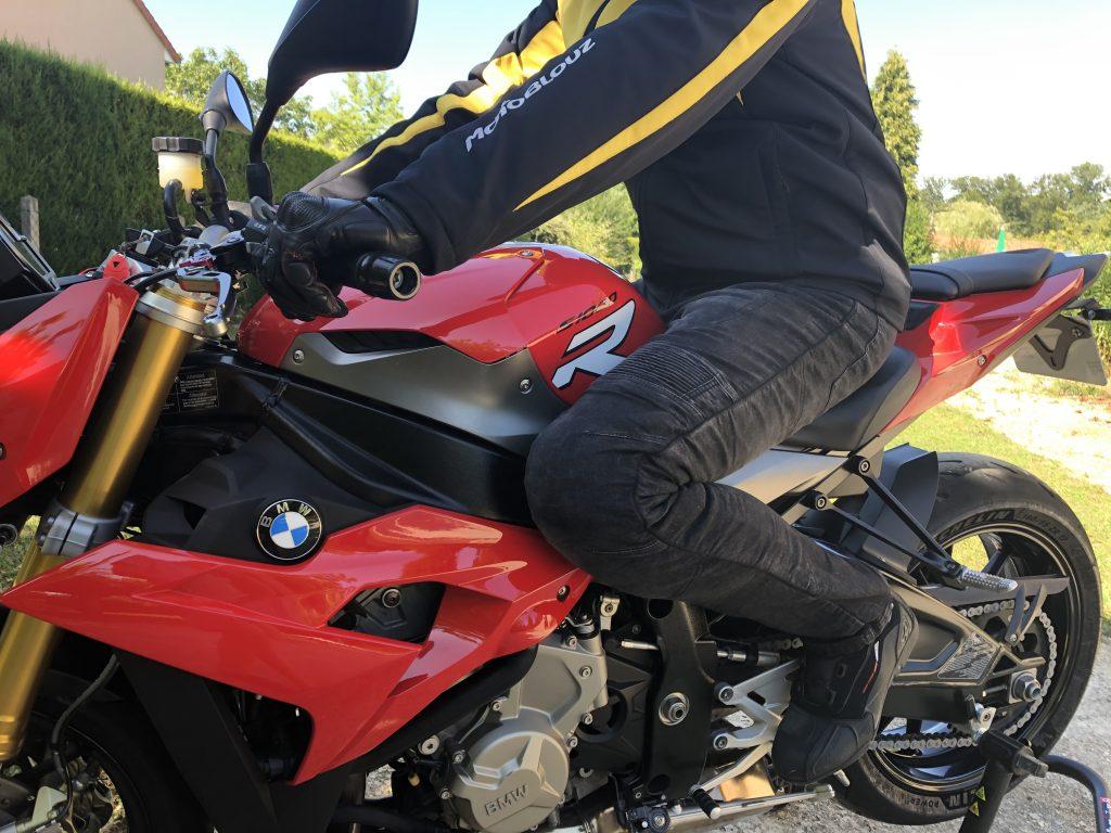 Jean moto pour rouler l'été