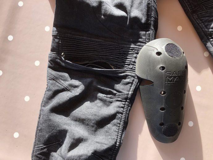 Jean DXR Kaptor : une poche accessible de l'extérieur et la protection genoux