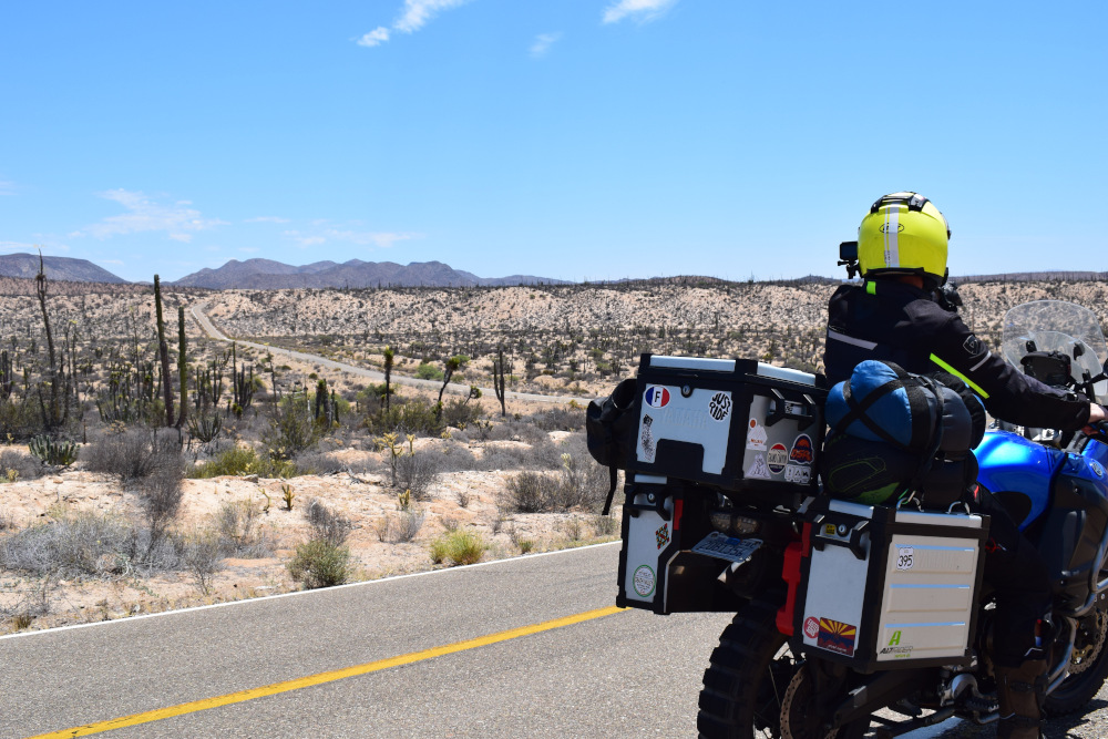 La basse californie en moto