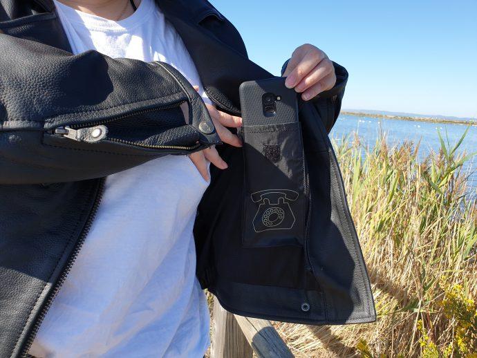 poche téléphone sur la doublure fixe du blouson DXR Jude CE