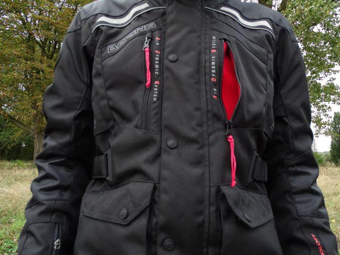 ouvertures et aérations de la veste textile Bering Tango