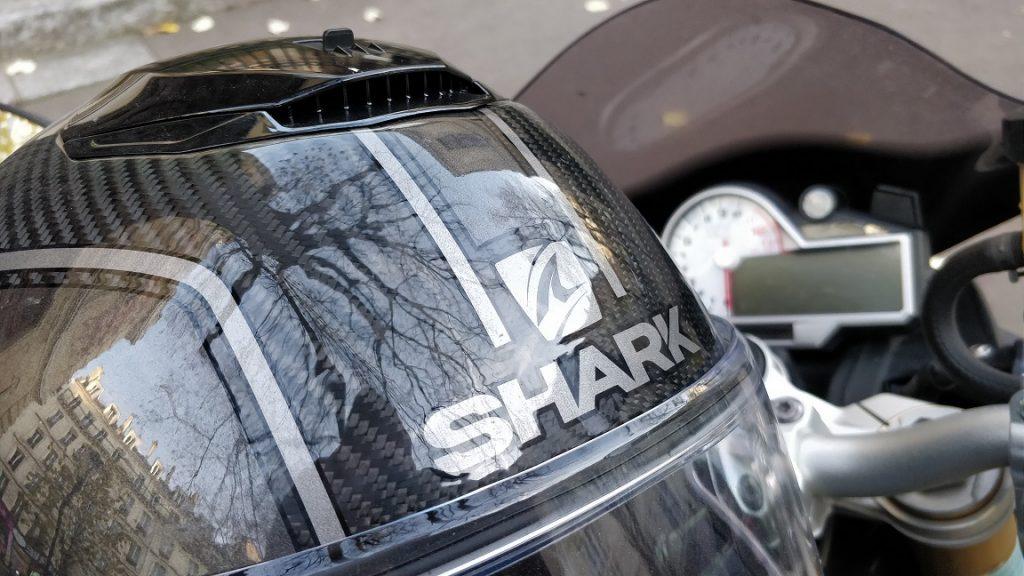 Focus sur les aérations du casque Shark Spartan Carbon