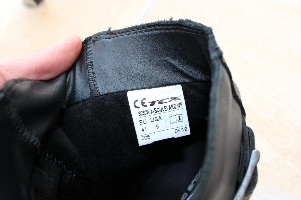 etiquette_TCX-boots