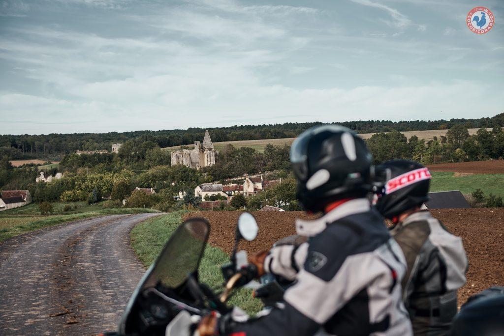 Découvrir la France en moto autrement.
