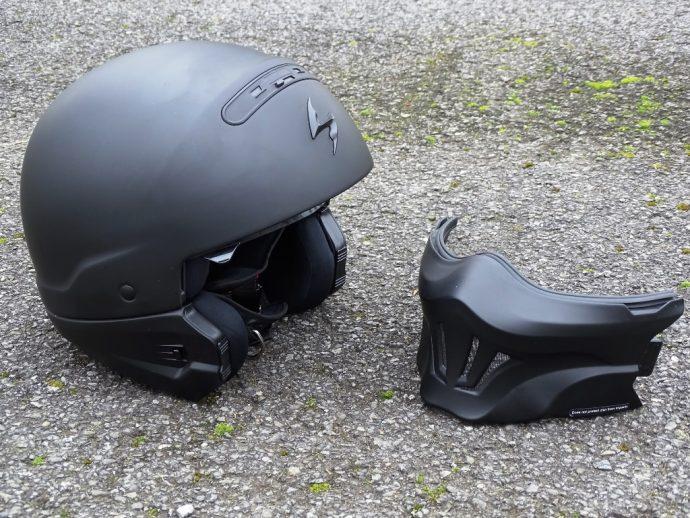 Le casque Scorpion Exo-Combat Evo est un 2-en-1
