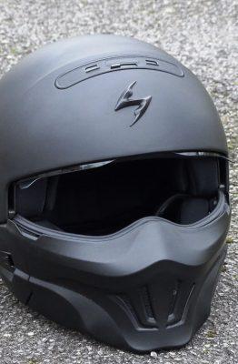 Casque Scorpion Exo-Combat avec ergots sur les côtés
