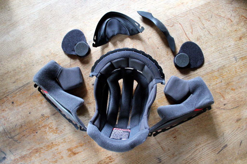 mousses intérieures du Shoei GT-Air 2