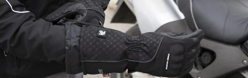enfilage-gants-chauffants_v-quattro