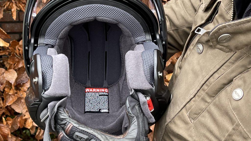 Le confort 4 étoiles dans le casque modulable Shoei Neotec 2.