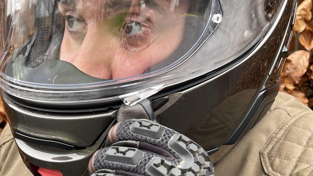 écran du casque modulable Shoei anti-buée