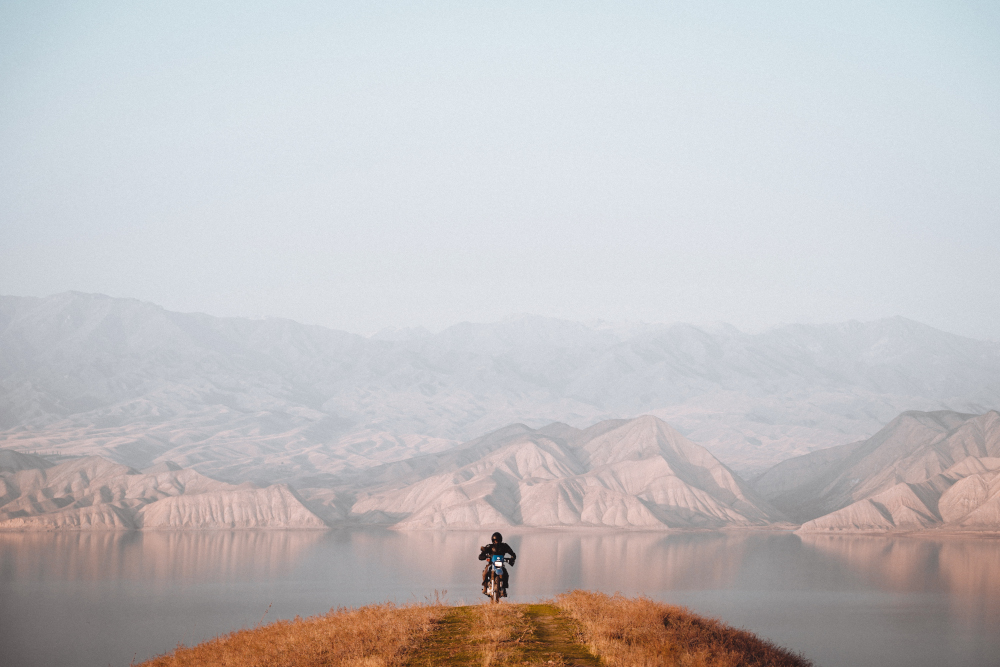 road trip moto au Kirghizistan