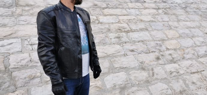 look sobre pour le blouson en cuir DXR Legend Full Black