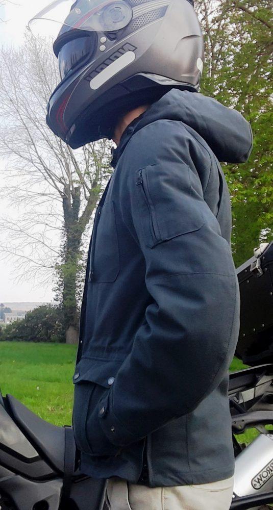 capuche amovible sur la veste Bering Commander
