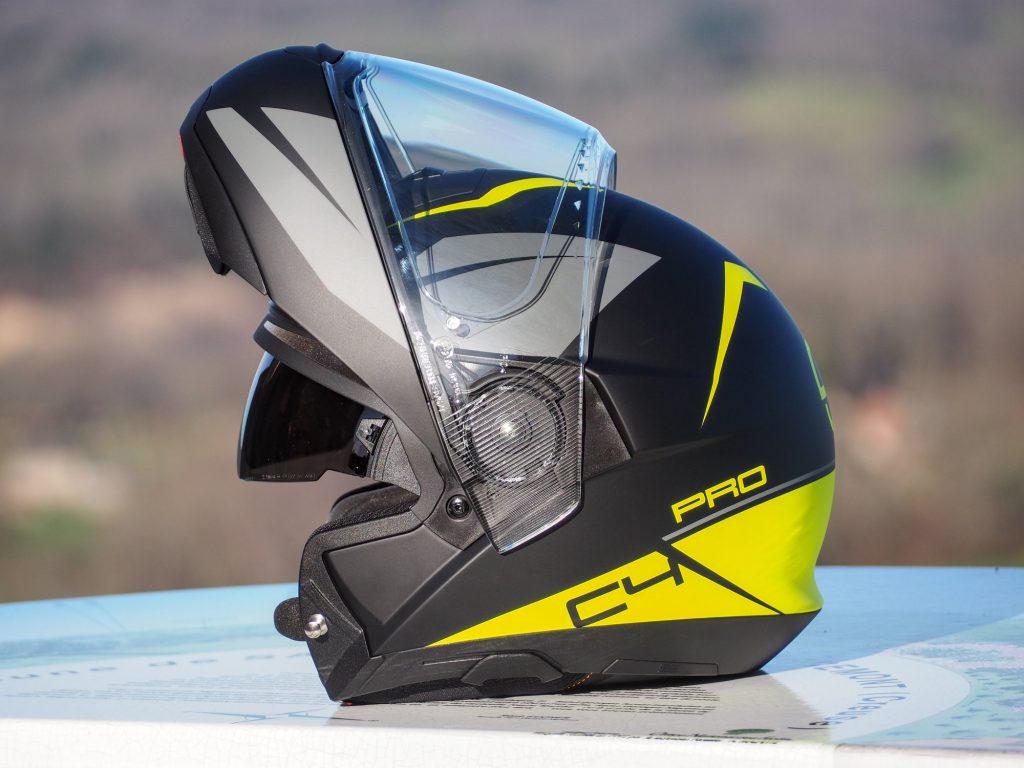 Le casque modulable Schuberth C4 Pro