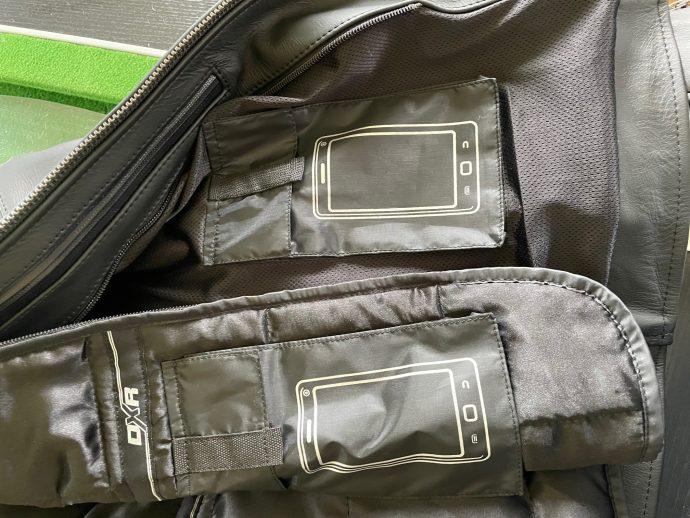 poches sur la veste DXR A40