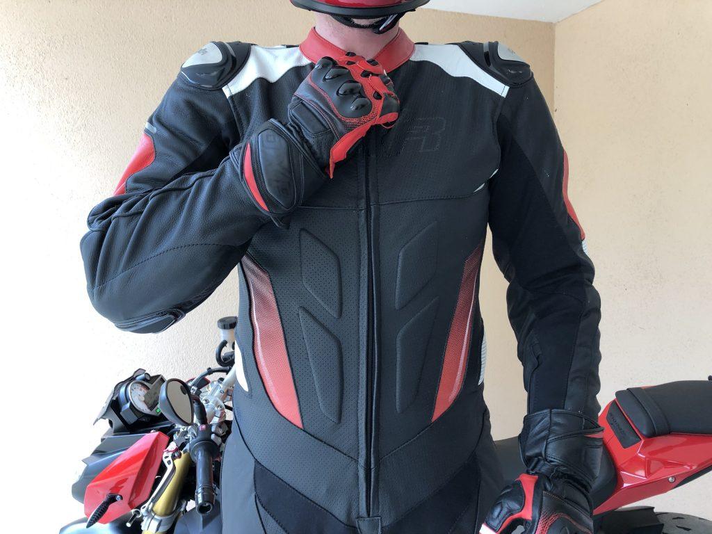 DXR Carl – Le cuir perforé pour la ventilation