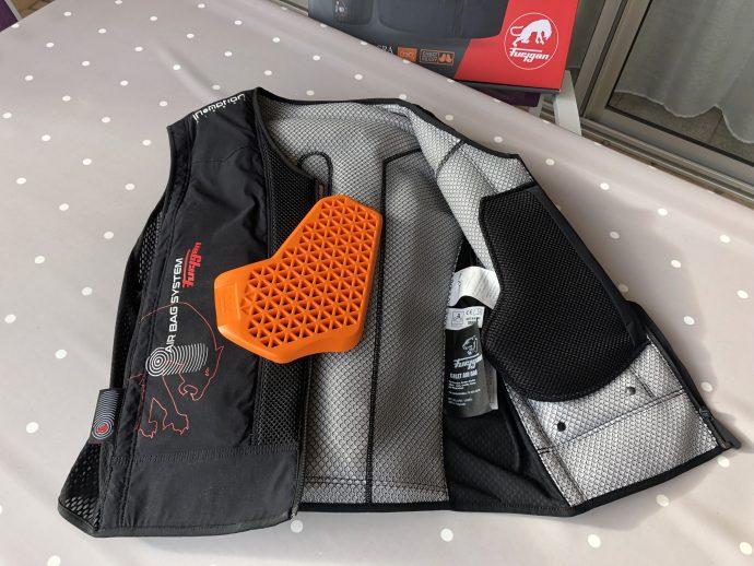 protectores pectorales del chaleco Fury Airbag System