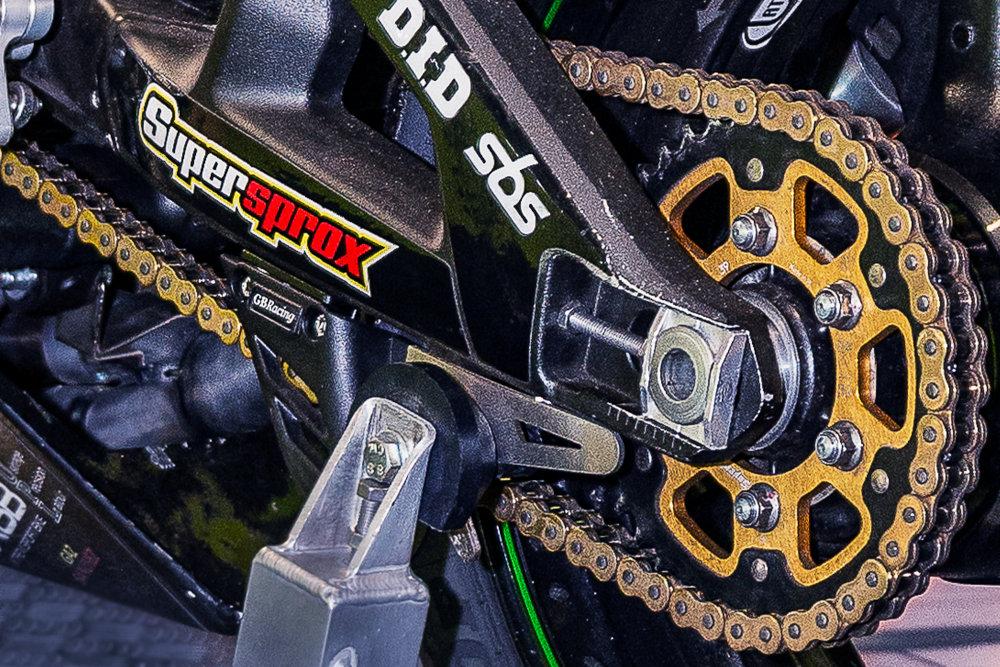 Kit chaîne moto racing