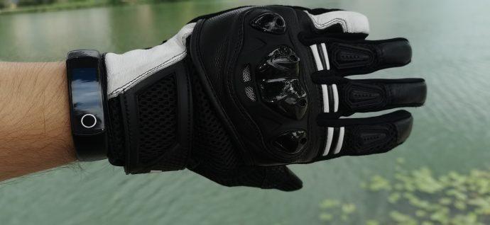 look rétro pour les gants DXR Poker