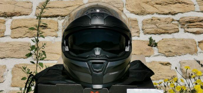 face avant sobre du casque intégral Nexx SX.100R