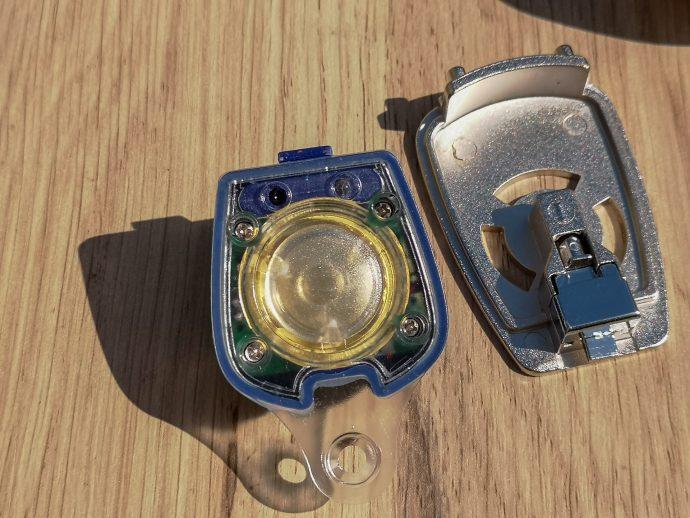 capteurs optiques et plaque miroir sur antivol Xena