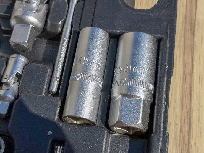 douilles présentes dans le coffret d'outils Hi-Q Tools