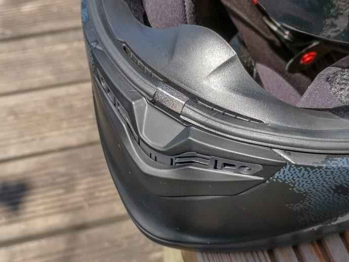 ventilation de la mentonnière sur le casque Scorpion Exo-1400 Air