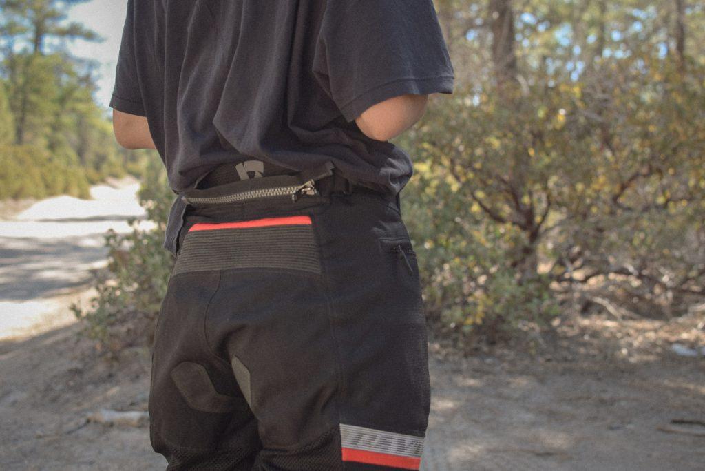 Raccordement pantalon veste Rev'it