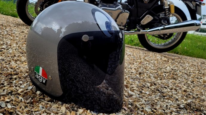 le casque AGV X70 Montjuic est parfaitement insonorisé