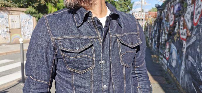 poches poitrine sur le blouson DXR Denim Blouz