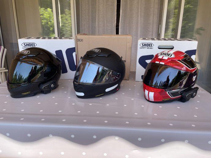 brochettes de casque Shoei NXR, premier et deuxième du nom