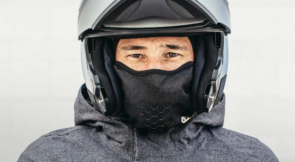 cagoule_moto_protege_froid